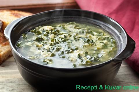 Gusta supa sa jajima, parmezanom i peršunom - Recepti i Kuvar online