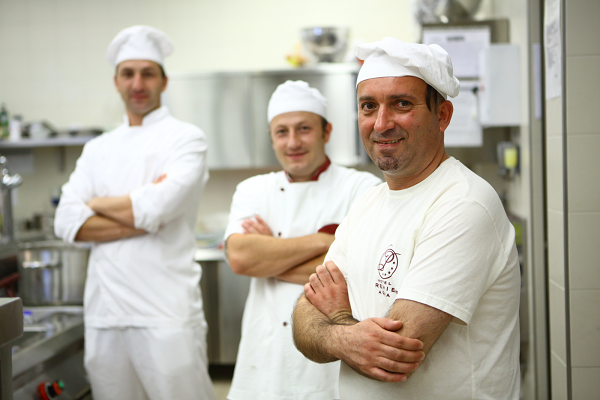 Toni Radić stalni saradnik i član žirija na portalu Recepti & Kuvar online | Recepti & Kuvar Online - Šta da kuvam danas? 2