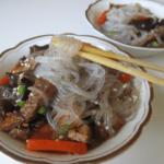 stakleni rezanci sa junetinom i povrcem Snezana Kitanovic recepti i kuvar