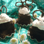 cokoladni minjoni sa orasima i dzemom od kajsija Dragna Skular recepti i kuvar online