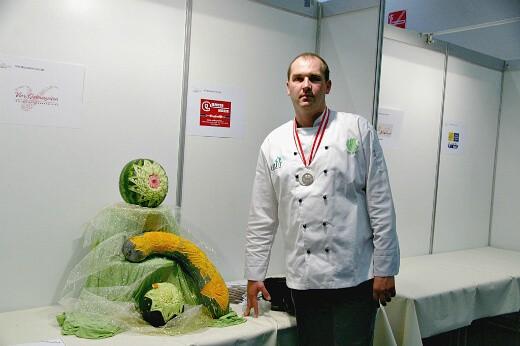 Intervju sa - Dejan Ilić karving majstor - Recepti i Kuvar online