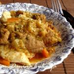 Svinjetina sa kupusom i noklicama - Dana Drobnjak - Recepti i Kuvar online