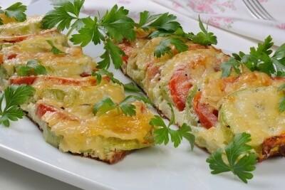 Tikvice sa sirom i kobasicom - Recepti i Kuvar online