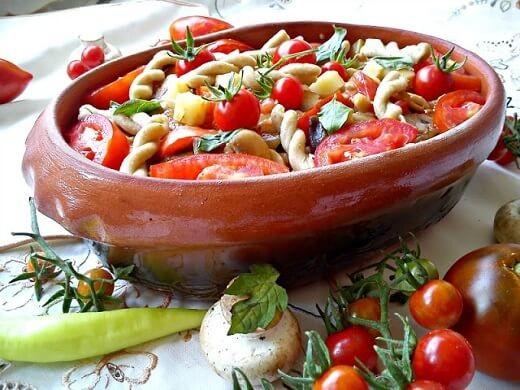 Obrok salata - integralna testenina i grilovano povrće - Kristina Gašpar - Recepti i Kuvar online