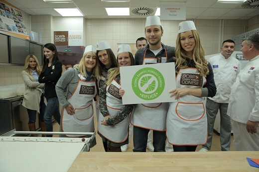 Obeležen svetski dan hleba - takmičene u izradi bageta - tim Kiflice - Recepti i Kuvar online