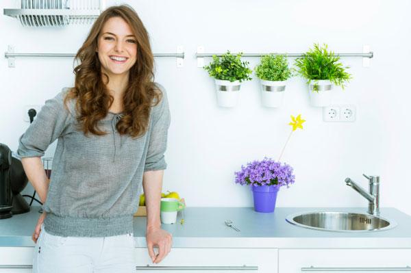 BKTVnews - Ova 2 sastojka u kući imamo svi - a kad se pomešaju, dobijate holivudski osmeh! (VIDEO) - indigoroot.com