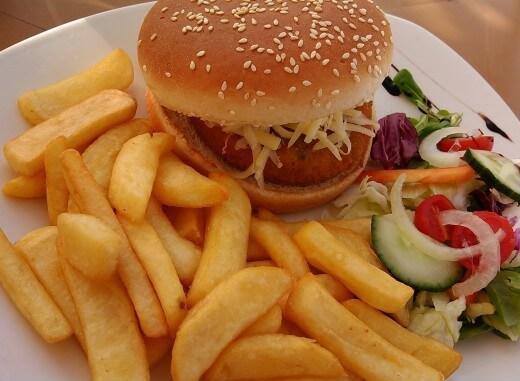 Vegeterijanski hamburgeri koji se mogu peći i na roštilju - Ana Vuletić - Recepti i Kuvar online