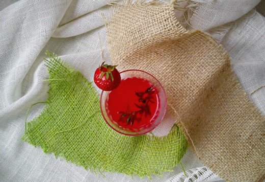 Rolat sa jagodama - Kristina Gašpar - Recepti i Kuvar online