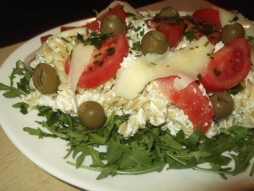 Salata sa testeninom, rukolom i paradajzom - Snežana Knežević - Recepti i Kuvar online
