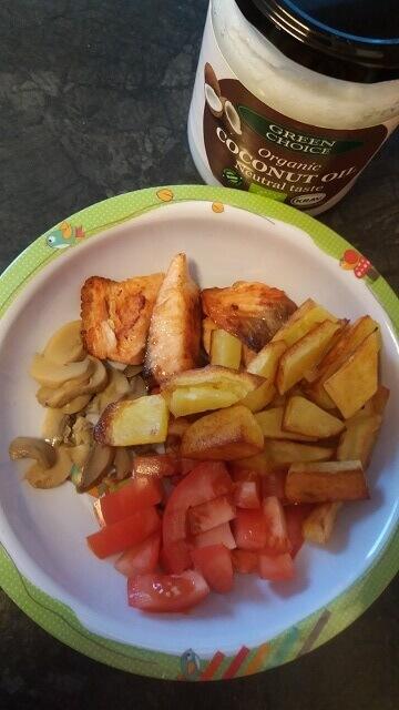 Losos i krompirići na kokosovom ulju sa pečurkama - Ana Vuletić - Recepti i Kuvar online