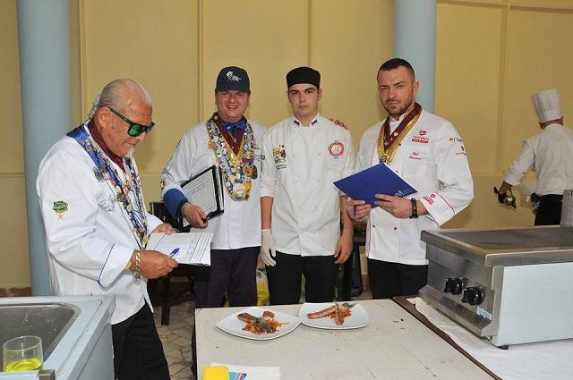 11 medalja i dva pehara za kragujevačke kulinare na međunarodnom takmičenju u Nišu