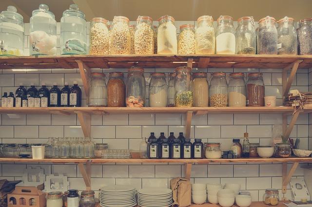 Pravilna i bezbedna ishrana u letnjem periodu