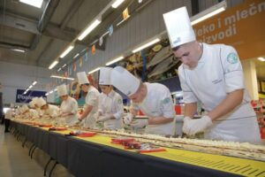 U Srbiji napravljen najduži Mille-feuille kolač