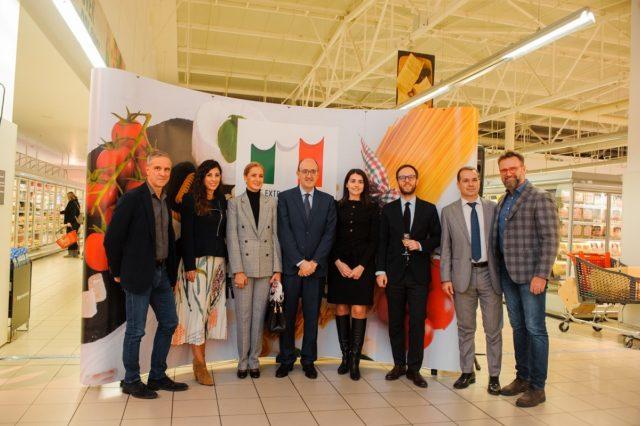 Nedelje italijanske kuhinje u svetu, Mercator, ambasador Italije Nj. E. g. Karlo Lo Kašo - foto agencija ProPR