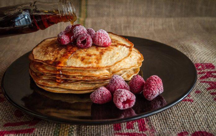 TESTIVAL #2: AAH! takmičenje u pravljenju torti od palačinki
