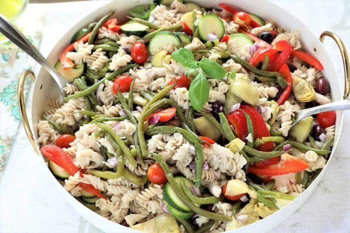 RUČAK NA BRZINU: pasta salata - ilustracija, Image by greenschemetv from Pixabay