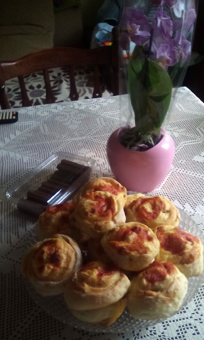 Slane ružice - Jelica Podraščanin - Recepti i Kuvar online