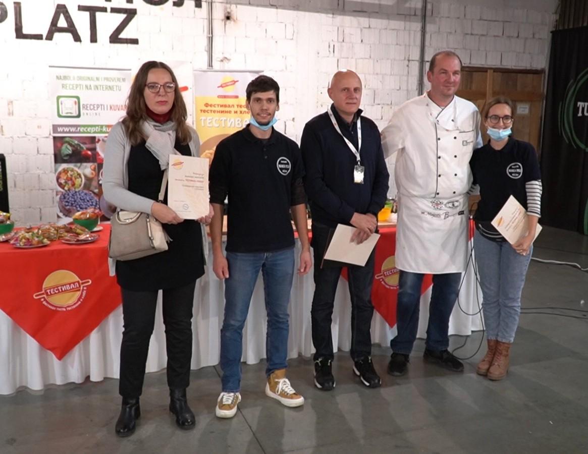 Testival #3 - dodela diploma za najboljeg izlagača i najbolji proizvod od testa - foto Željko Blagojević